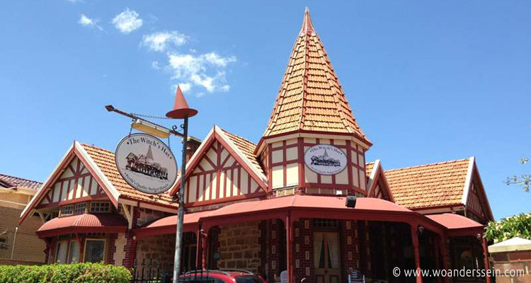 perth-the-witch-hat-hostel