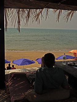 anjuna-beach-elephant-art-cafe-olli