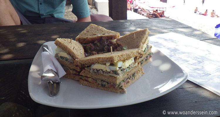 anjuna-beach-elephant-art-cafe-sandwich