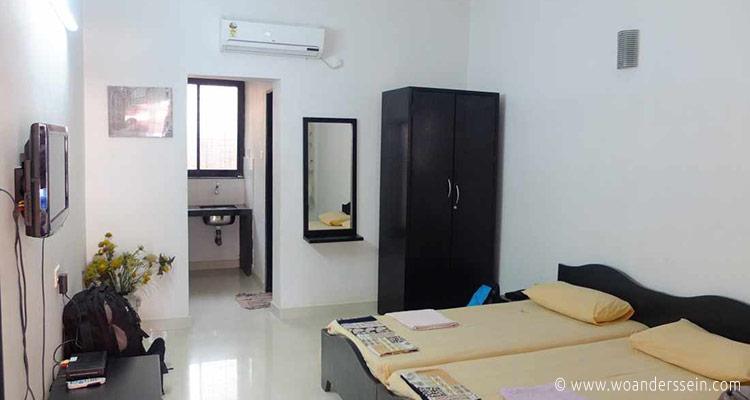 anjuna-henmil-holiday-homes