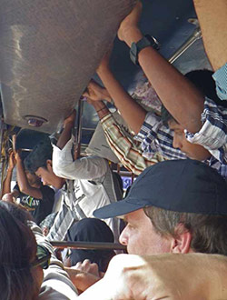 anjuna-mapusa-bus-voll