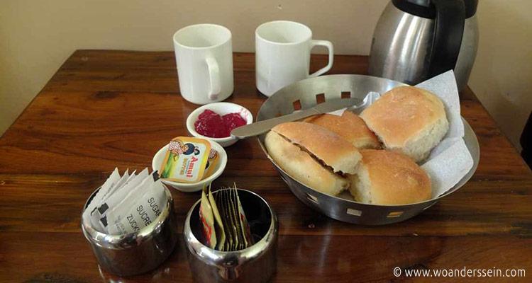 panaji-royal-phoenix-inn-breakfast