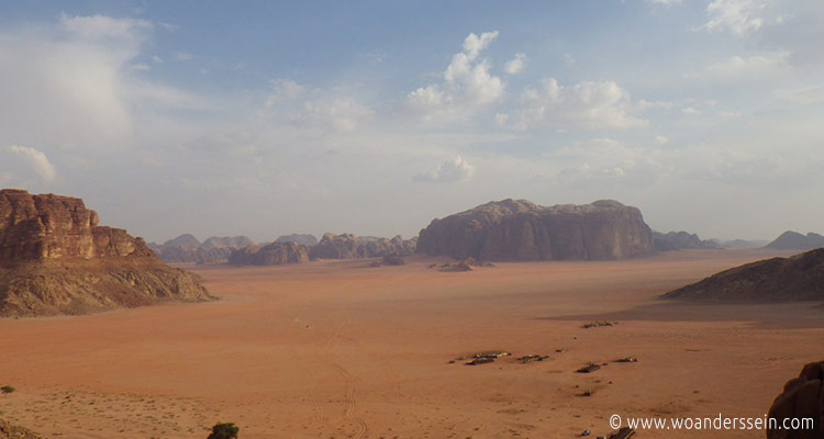 wadirum-jeep-tour-lawrence-spring-view