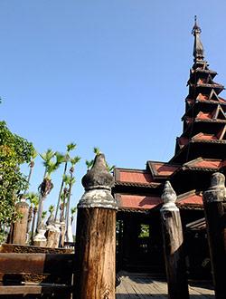 mandalay-tour-bagaya-kyaung-3