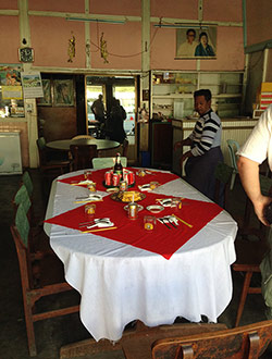 mandalay-tour-lunch-1