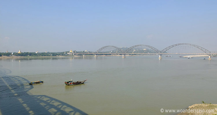 mandalay-tour-sagaing-bridge-2