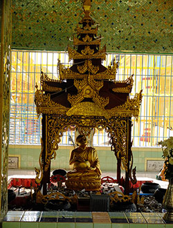 mandalay-tour-sagaing-hill-temple-6