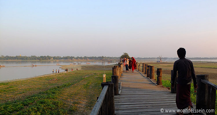 mandalay-tour-u-bein-bridge-3