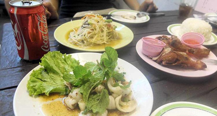 bangkok-chatuchak-weekend-markt-lunch
