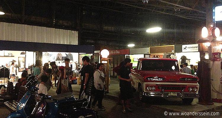 bangkok-rod-fai-night-market20