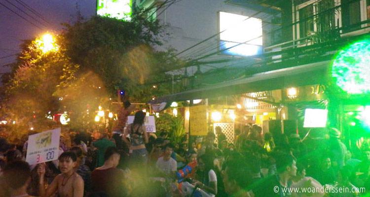 bangkok-songkran-khaosan-5
